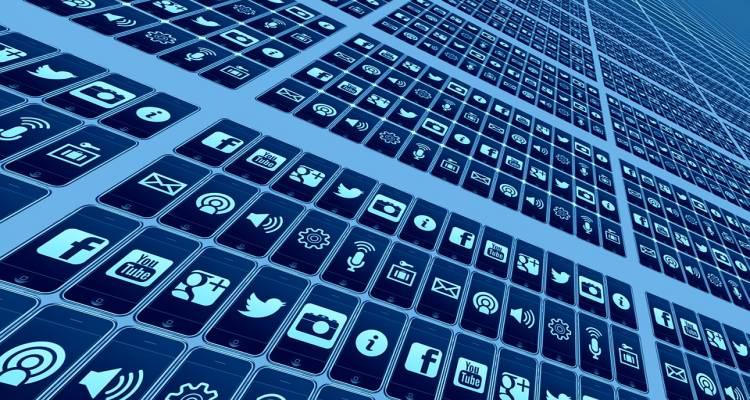 Social messenger customer care